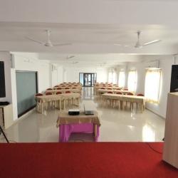 Hall (10)