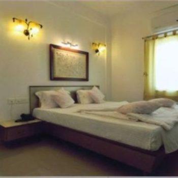 Lux Suite Bed Room