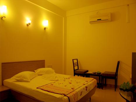 http://hotelsurbhi.com/wp-content/uploads/2015/11/kitch1.jpg